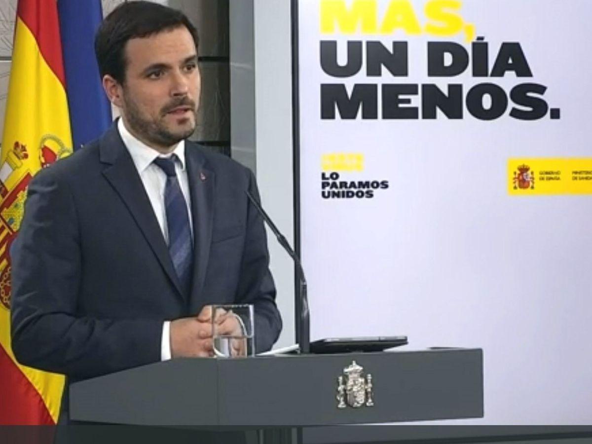 Foto: El ministro de Consumo Alberto Garzón, durante la rueda de prensa hoy miércoles en el Palacio de la Moncloa en Madrid. (EFE)