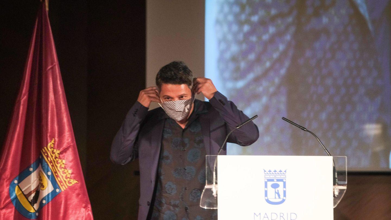 Alejandro Sanz recibe un premio de Madrid. (Cordon Press)