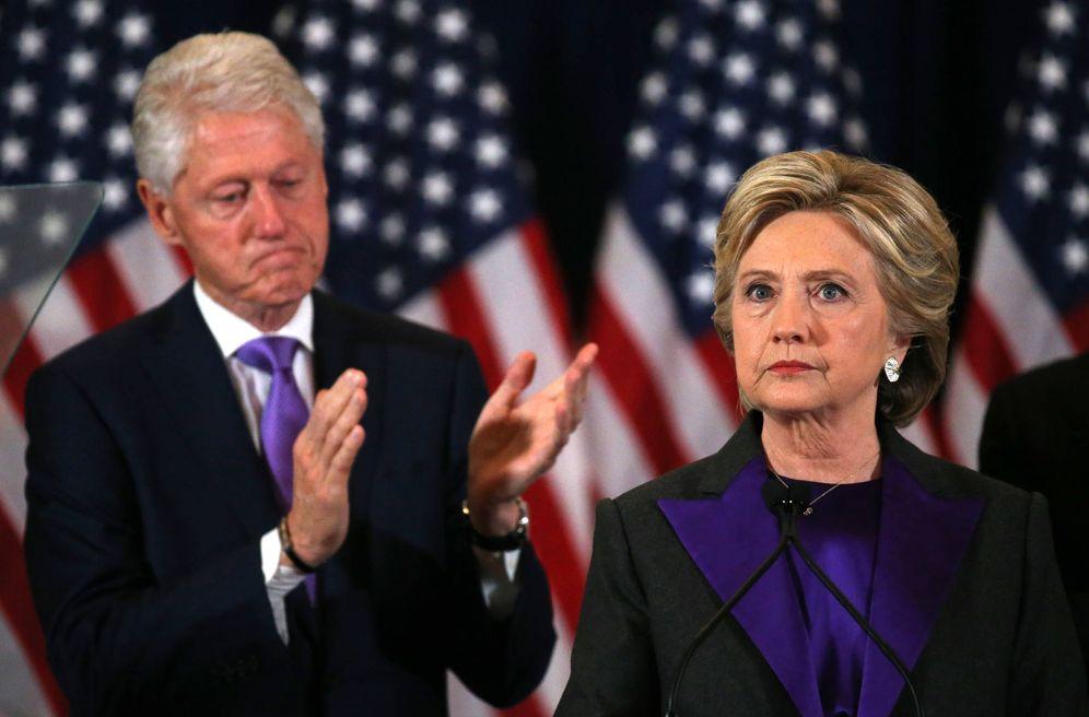 Foto: Hillary Clinton se dirige a sus votantes tras la derrota en los comicios presidenciales de noviembre de 2016, en Nueva York. (Reuters)