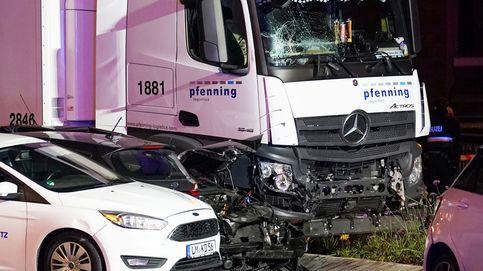 Un ciudadano sirio roba un camión y lo estrella contra ocho coches en Alemania