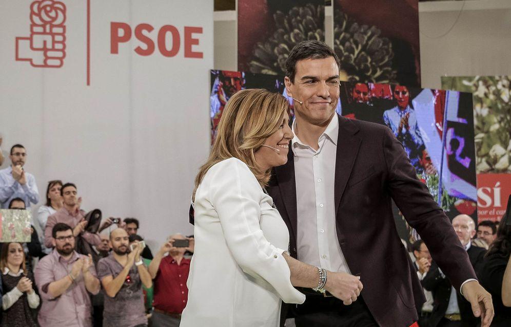 Foto: Pedro Sánchez y Susana Díaz, en el mitin de proclamación del secretario general como candidato a La Moncloa, el pasado 14 de mayo en Móstoles, Madrid. (EFE)
