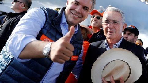 Colombia: piden abrir una investigación a Duque y a Uribe por delitos electorales
