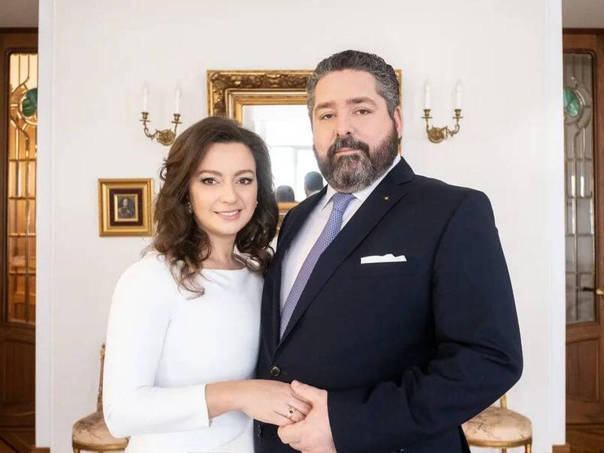 Foto: Jorge Románov y Rebecca Bettarini, en una imagen de archivo. (Cancillería de la Casa Imperial de Rusia)