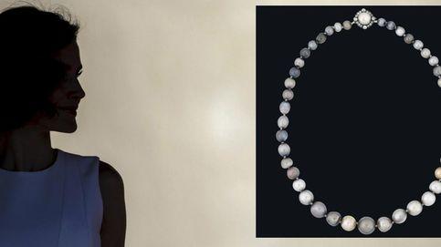 Sale a subasta un collar de perlas de Isabel II de España. ¿Veremos a la Reina Letizia con él?