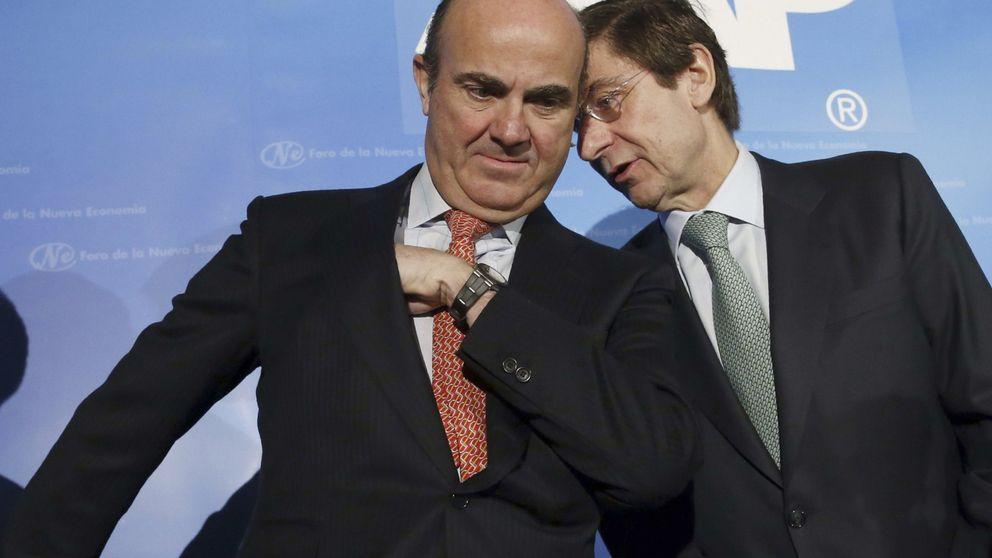 Bankia, Popular y Sabadell desafían a Guindos por las cláusulas suelo