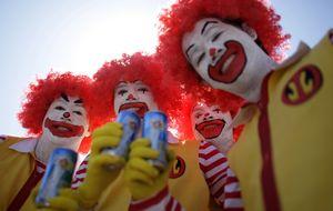 McDonalds recomienda tener dos trabajos y subsistir sin calefacción