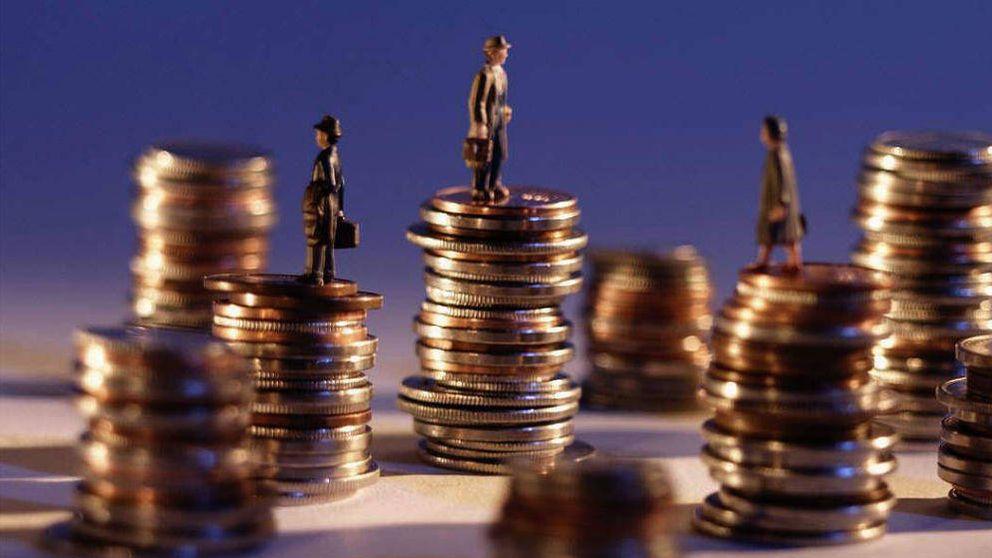 La banca mitiga la fuga de dinero en los fondos con el cobro explícito por gestión