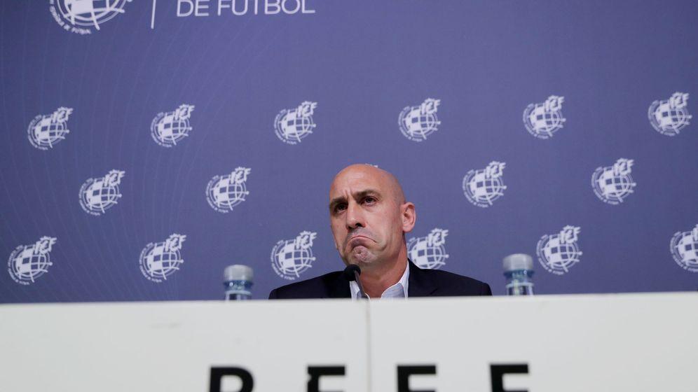 Foto: Luis Rubiales, presidente de la Federación Española de Fútbol, antes de una rueda de prensa. (Reuters)