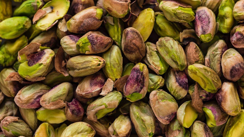 Incluye los pistachos en tu dieta. (Joanna Kosinska para Unsplash)