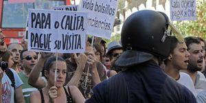 Un centenar de 'indignados' colapsa Madrid por tercer día consecutivo