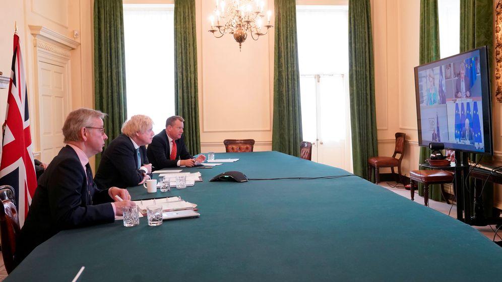 Foto: Boris Johnson en la reunión con la Unión Europea. (Reuters)