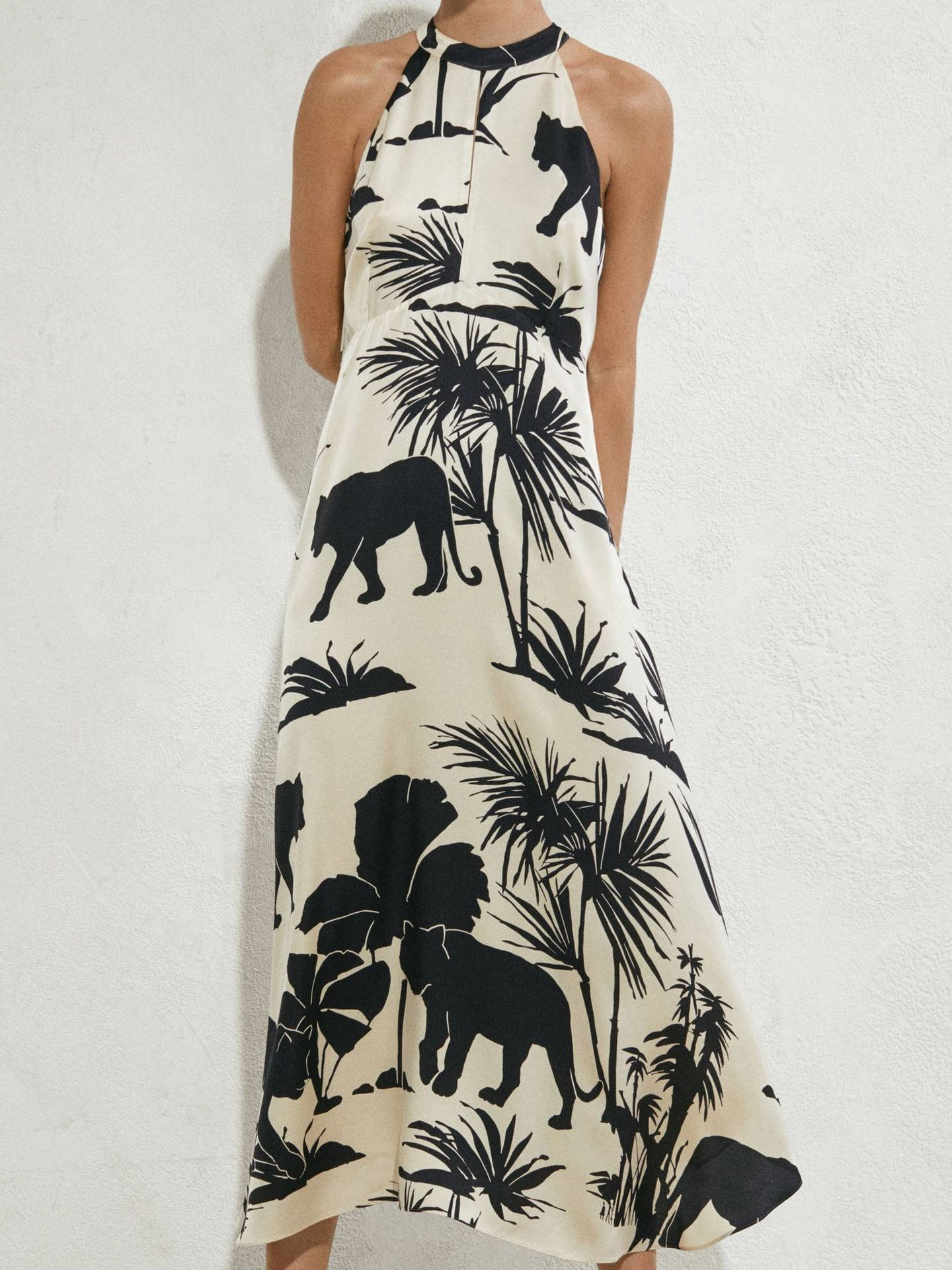 Vestido safari de Massimo Dutti. (Cortesía)