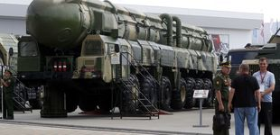 Post de Rusia hace entrega del sistema de misiles S400 en un aeropuerto militar de Turquía