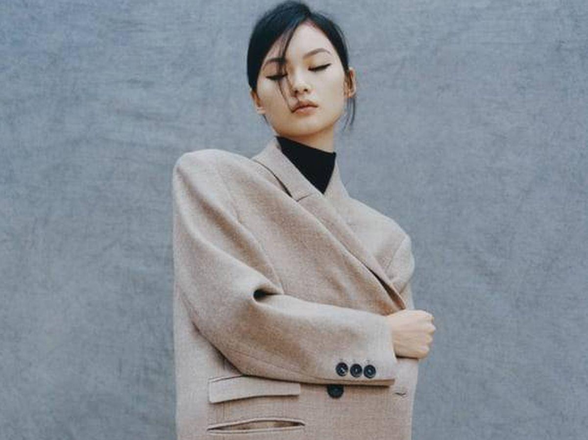 Foto: Este abrigo de lana de Zara es tendencia total. (Cortesía)