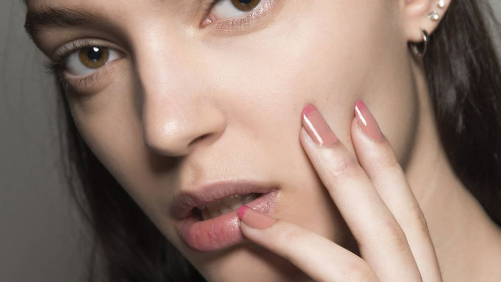 La manicura 'sliders' es lo que vas a llevar esta temporada en las uñas y la podrás hacer tu misma en casa