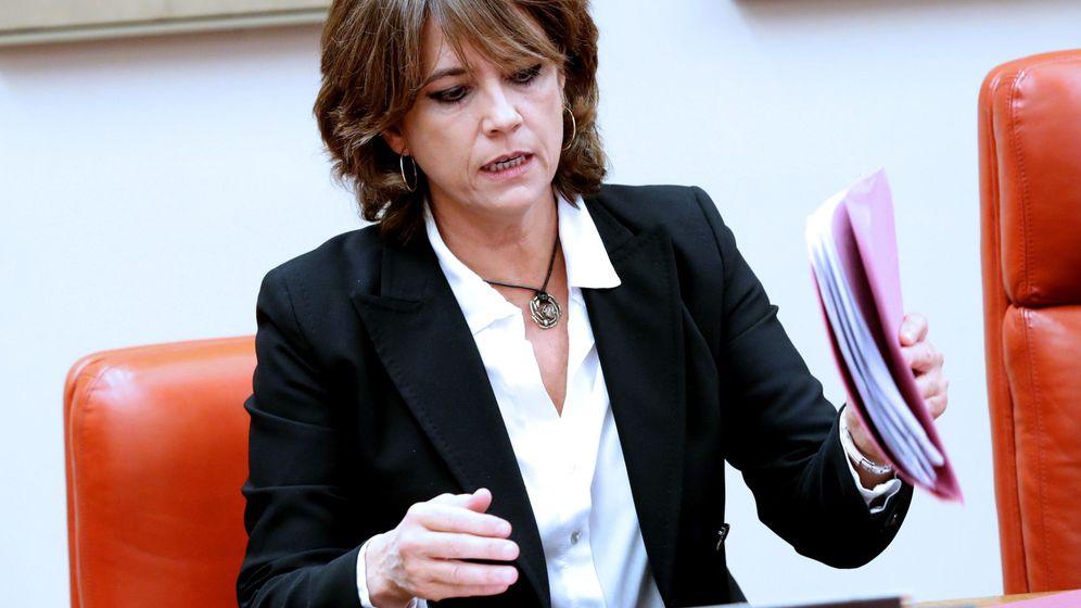 Foto: La ministra de Justicia, Dolores Delgado, comparece en la Comisión de Justicia del Congreso para explicar su relación con el comisario José Manuel Villarejo. (EFE)