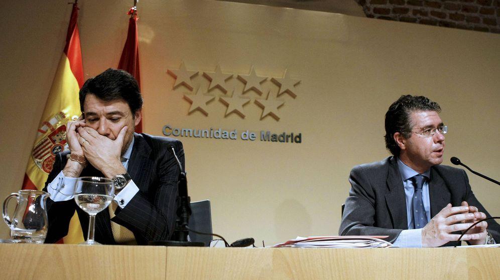 Foto: Fotografía de archivo del expresidente de la Comunidad de Madrid Ignacio González (i) y el exconsejero Francisco Granados. (EFE)