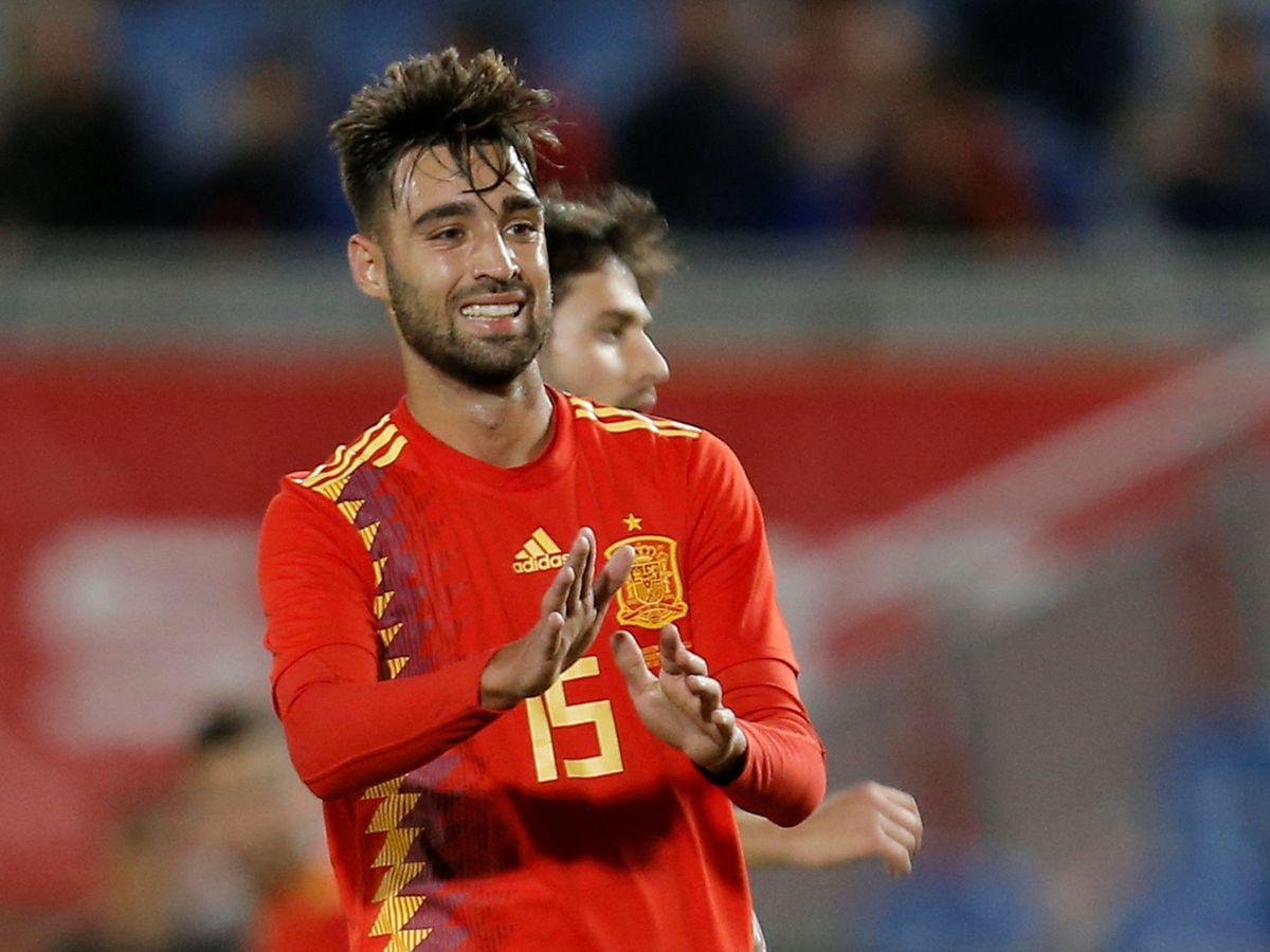 Foto: Méndez, durante el partido que disputó con la Selección contra Bosnia (Efe)
