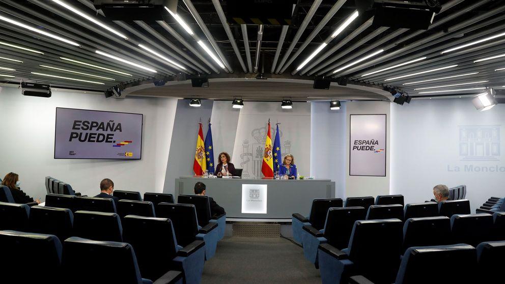 Calviño evita a BBVA-Sabadell pero recuerda que los supervisores recomiendan fusiones
