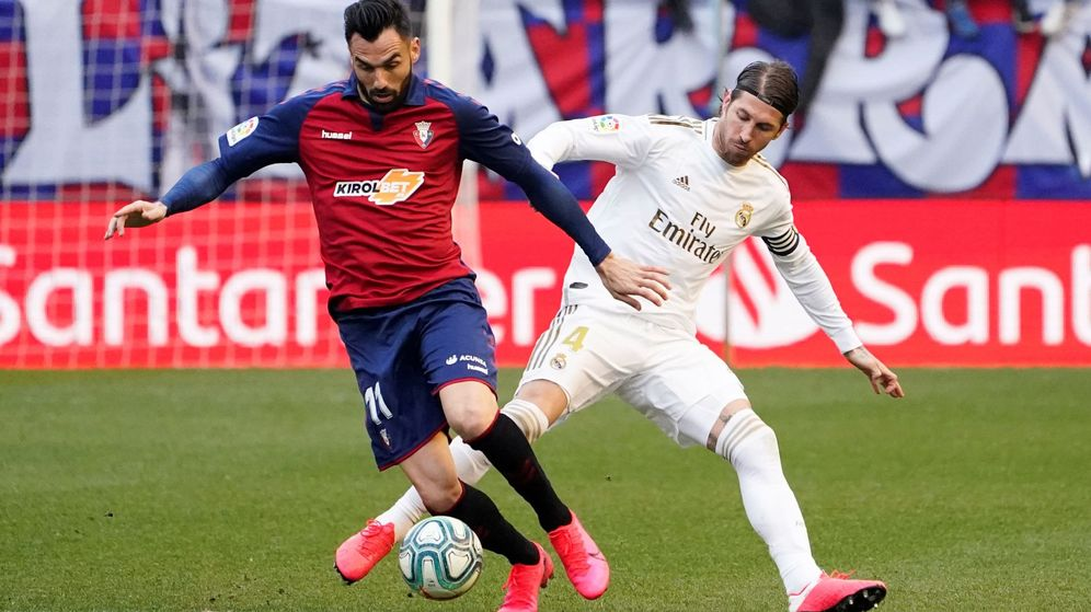 Foto: Sergio Ramos durante el partido contra Osasuna. (Efe)