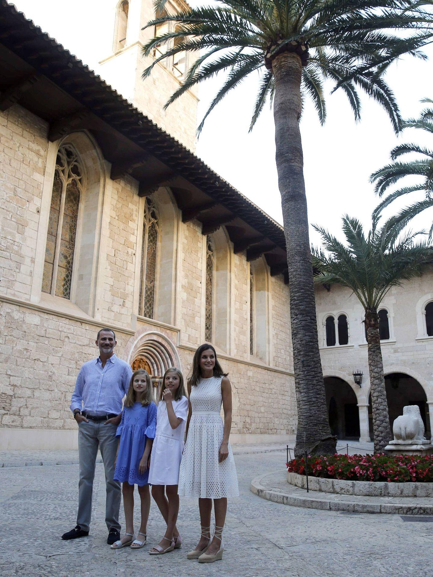 El Palacio de la Almudaina, protagonista. (EFE)