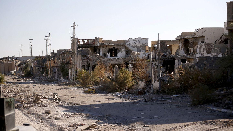 La ciudad iraquí de Ramadi, destruida por los combates entre el ISIS y el ejército iraquí, en enero de 2016 (Reuters)