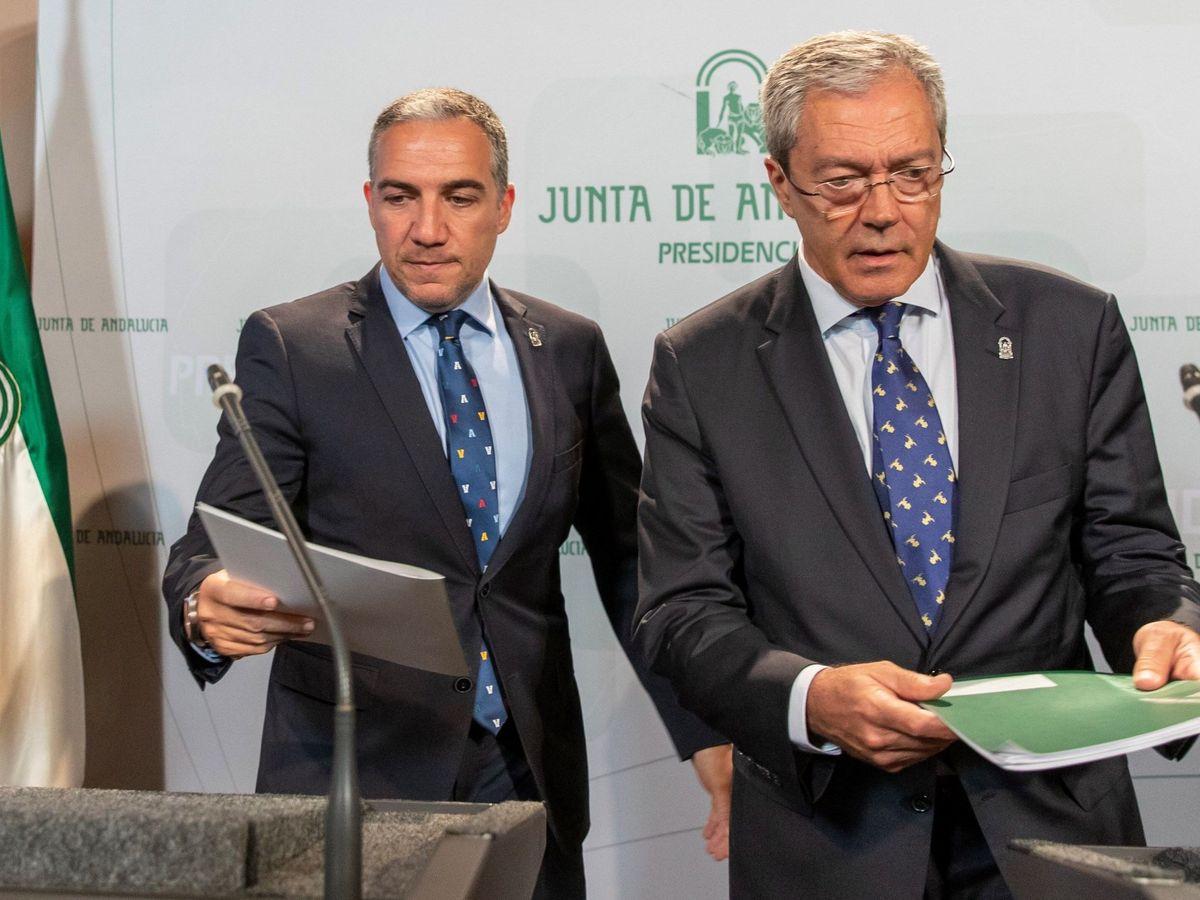 Foto: Elías Bendodo y Rogelio Velasco, en San Telmo. (EFE)