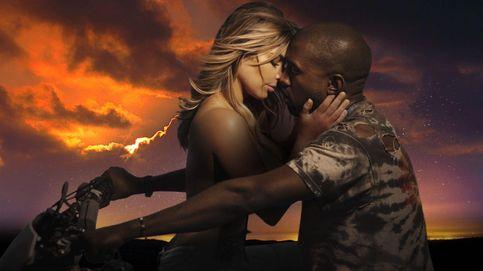 Twitter - Kim Kardashian y Kanye West son humanos y viajan en clase turista