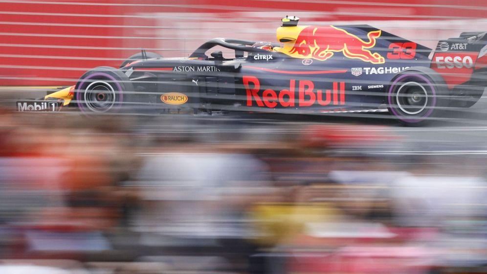 Foto: Max Verstappen sobre su Red Bull. (EFE)