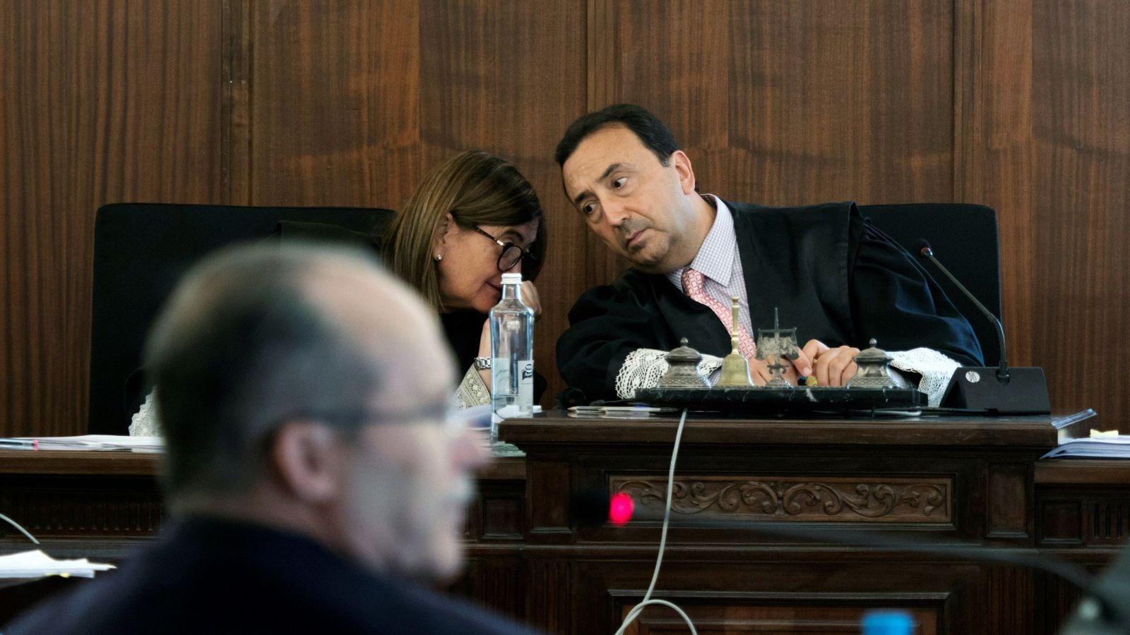 Foto: El magistrado presidente del tribunal que enjuicia la pieza política del caso ERE, Juan Antonio Calle. (EFE)
