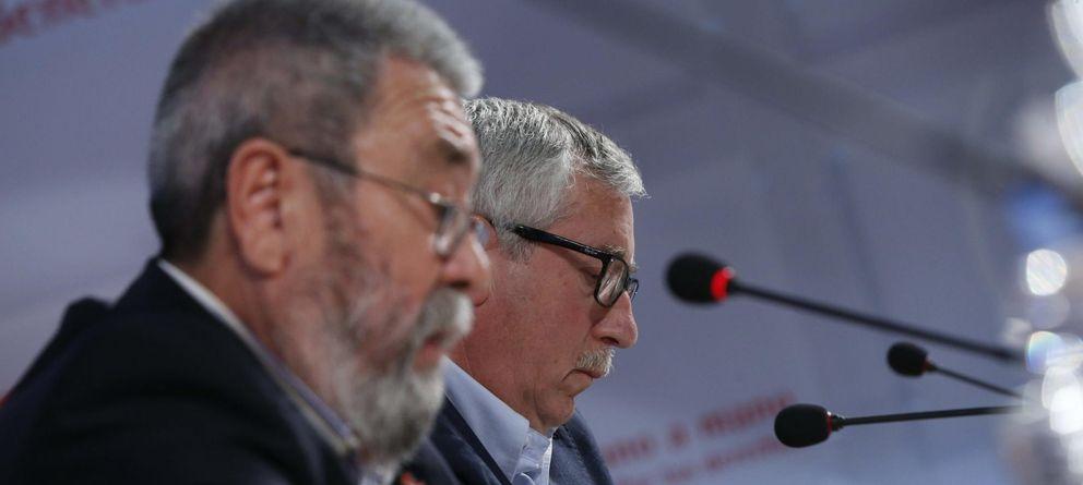 Foto: Los secretarios generales de CCOO y UGT, Ignacio Fernández Toxo (d) y Cándido Méndez