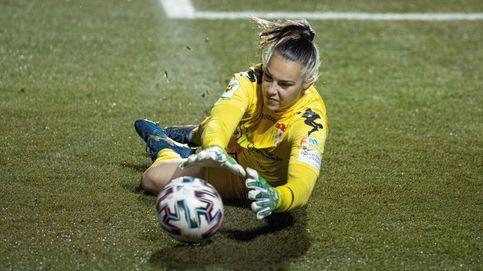 La pregunta de las futbolistas de la Liga Ellas: ¿será el ministro Iceta otro que tal baila?