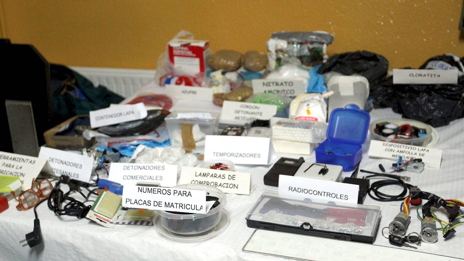 Foto: Material incautado por la Guardia Civil a un comando 'legal' de ETA. (EFE)