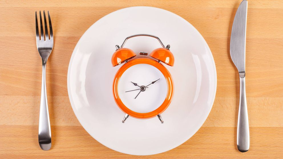 Si quieres adelgazar, la hora del día a la que comas puede ser decisiva
