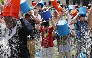 Más que un cubo de agua: cómo contribuir a la lucha contra la ELA en España