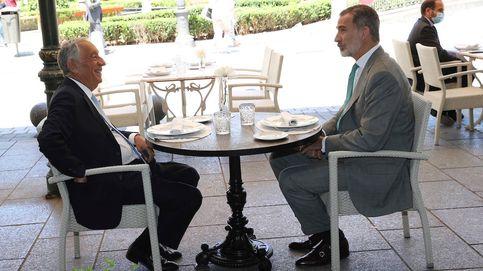Felipe VI prepara el mejor plan al presidente de Portugal: comida en una terraza y fútbol