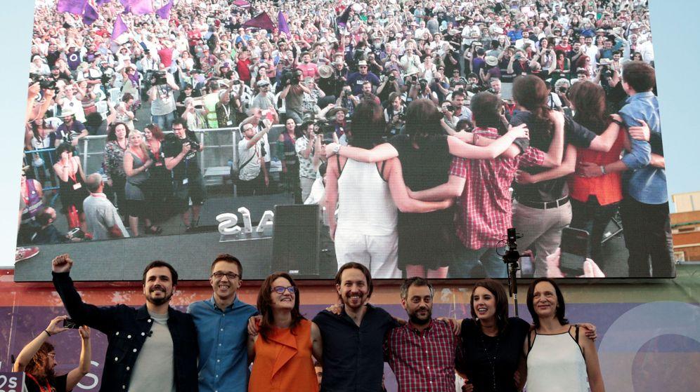 Foto: Los líderes de Podemos en el mitin de cierre de campaña. (Reuters)