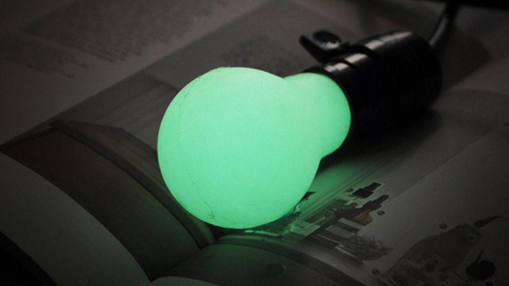 Hazlo tú mismo: una bombilla casera que da luz sin electricidad