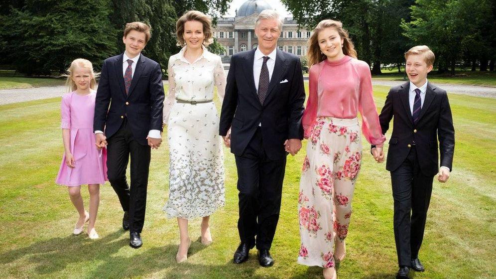 Foto: La familia real belga en los jardines de Laeken. (Belgische Monarchie)