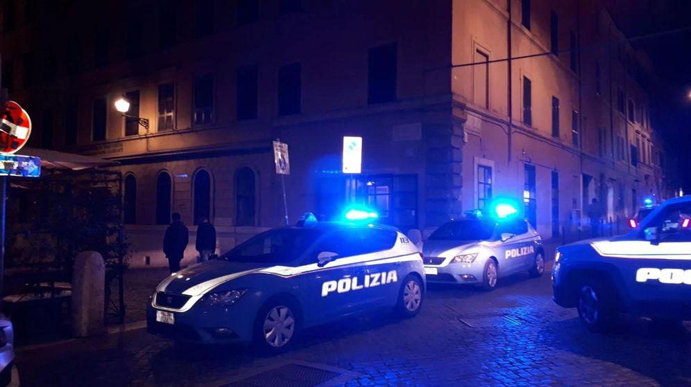 Foto: Policía en el lugar de los hechos, en Roma. (EFE)