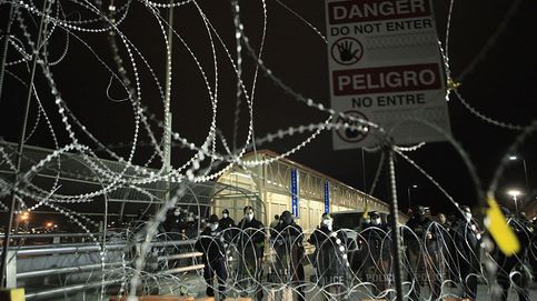 Dos niñas ecuatorianas son arrojadas a EEUU desde la frontera con México por traficantes