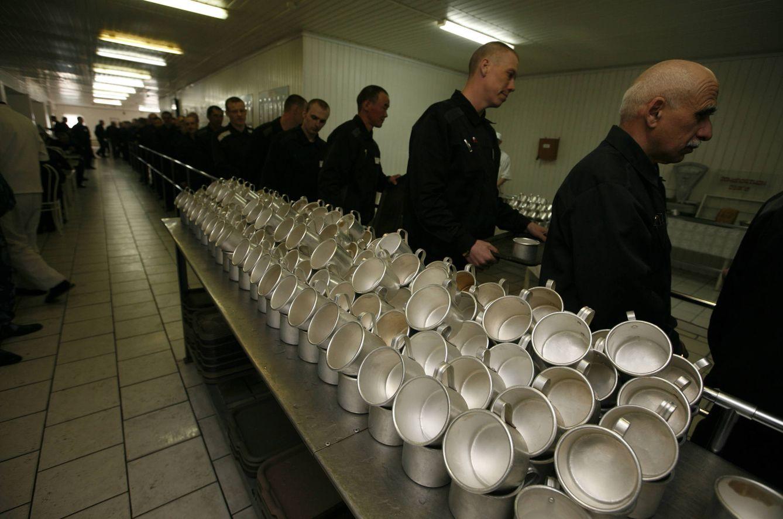 Foto: Presos en la cárcel de alta seguridad de Krasnoyarsk, en Siberia (Reuters).