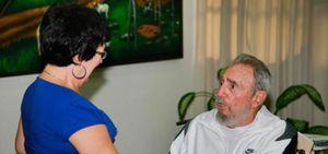 Fidel Castro reaparece en público tras seis años de ausencia