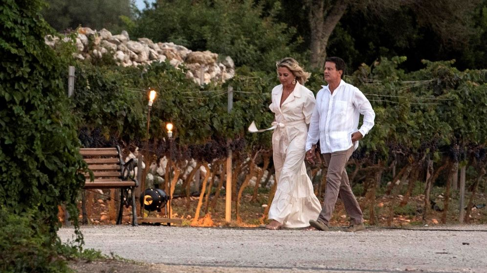 Foto: Manuel Valls y Susana Gallardo, un día antes de su enlace. (EFE)
