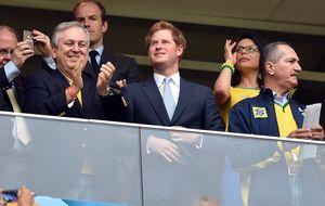 El príncipe Harry viaja a Brasil para estrechar lazos y apoyar a Inglaterra
