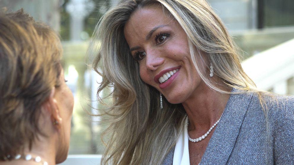 Raquel Bernal, ex de Escassi, regresa a la vida pública al ritmo de Miguel Bosé