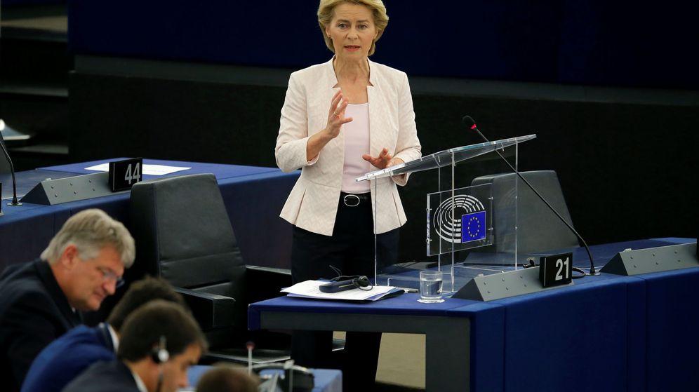 Foto: La candidata a presidir la Comisión Europea, Ursula Von der Leyen, en su discurso en el Parlamento Europeo. (Reuters)
