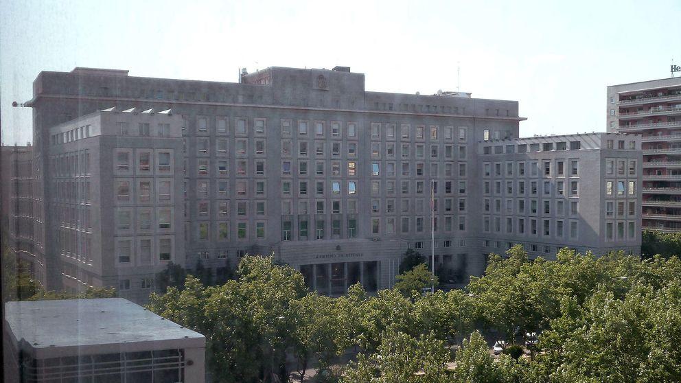 El Ministerio de Defensa ya ha gastado 1.600 millones más de lo presupuestado