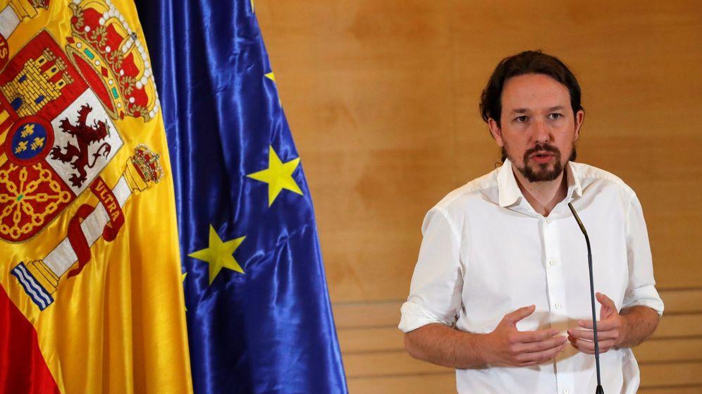 Foto: El secretario general de Podemos, Pablo Iglesias, durante su comparecencia ante los medios tras la reunión con Pedro Sánchez. (EFE)