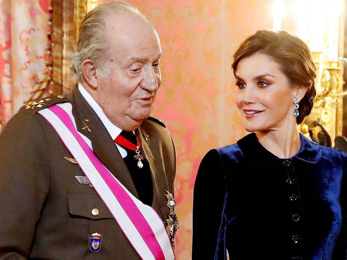 Foto: El Rey emérito y Letizia, en una imagen de archivo. (EFE)